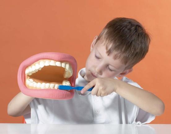 обезболивание - ребёнок боится уколов